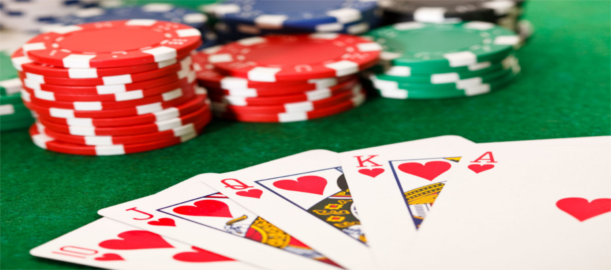 Online Poker Software Solutions at No Extra Cost With Real Bookies